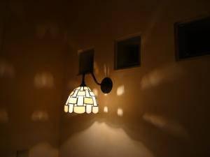 ステンドグラス(ブラケット照明)リビングルーム l-m21-wb811z+574tif-02.jpg