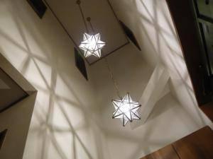 玄関の吹き抜け照明 g-m24-la800s-01.jpg