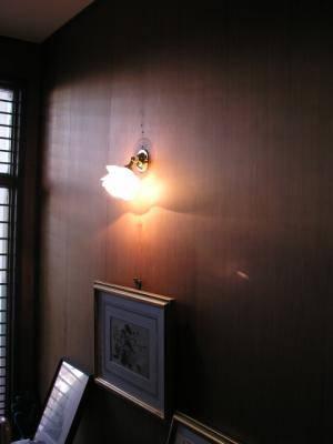 バラの形のブラケットライト7-wb235+237sat-を玄関照明として