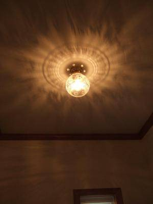 玄関照明として天井灯PB394+355E/COGを使った実例写真