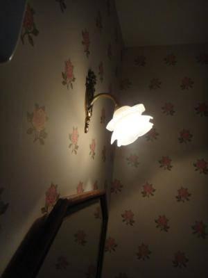 おしゃれなトイレ照明-ブラケットライト t-h19-wf323+237sat-04.jpg