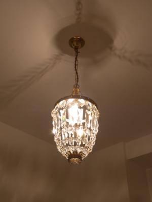 高級クリスタルを使った本格的なミニシャンデリアpc621clrを玄関照明として