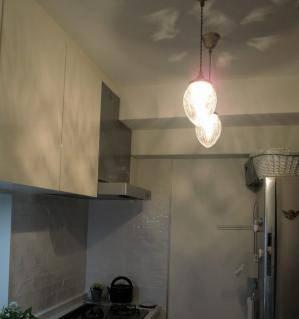 キッチンの主照明として使われたアンティーク調のペンダントライト963/CUT-RJ5