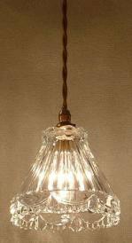 クリアなガラスから零れる暖かな光が特徴のペンダントライト477clr-RJ5