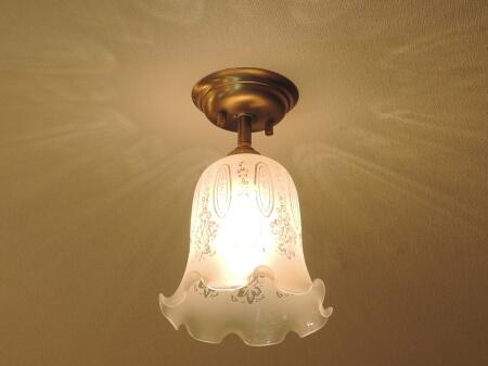 PB391を使った、組合せ式の天井灯