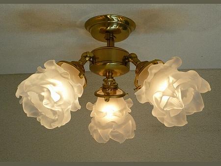 PB615/3を使った、組合せ式の天井灯